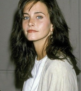 friends tv show, courtney cox and love