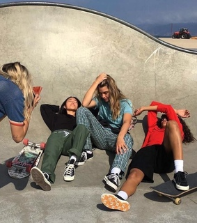 picture, grunge and friends