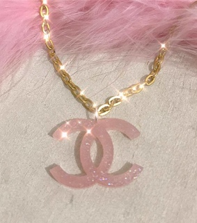pink, fashion and chanel