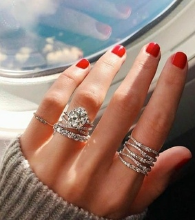 bloggers, weheartit and accessories