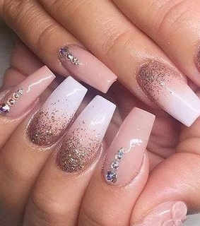 nails, sparkly and pink