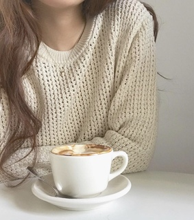 capuccinos, cups and coffe
