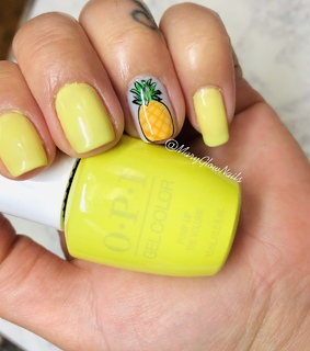 gel color, pineapple and natural nails
