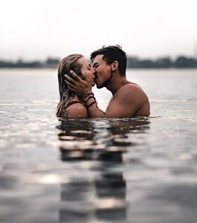 aesthetic, kiss and together