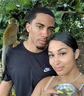 issa relationship, vacation and nature