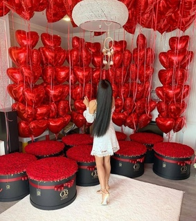 flowers, surprise and balloons