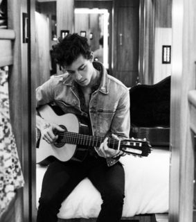 guitar, black and white and Hot