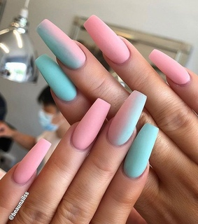 girls, nails and alternative