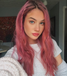 instagram model, dyed hair and colorful hair