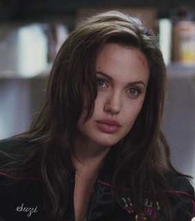 Angelina Jolie, beauty and goddess