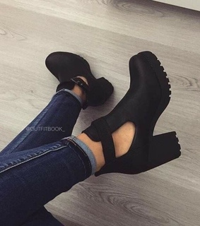 fashion, jeans and heels