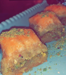 Turkish, lové and baklava