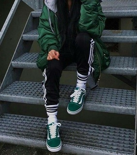 green, vans and stylé