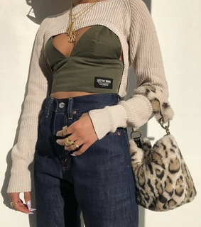 baddie, necklace and rings