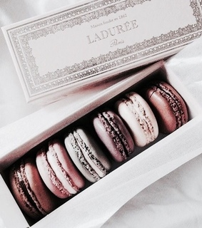 food, rose gold and macron