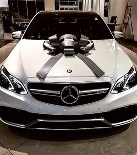luxury life, mercedes and rich