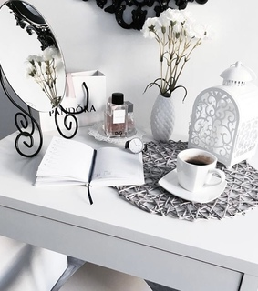 weheartit, book and photo