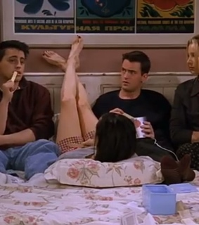rachel, friend group and phoebe