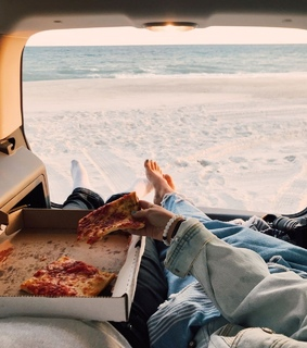 boyfriend, beach and pizza