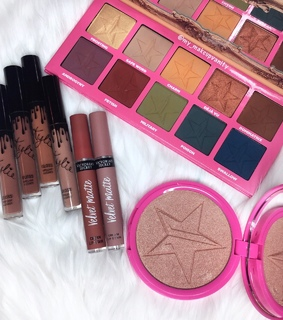 cosmetics, amazing and jeffree starr