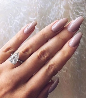 jewelry, beauty and nails