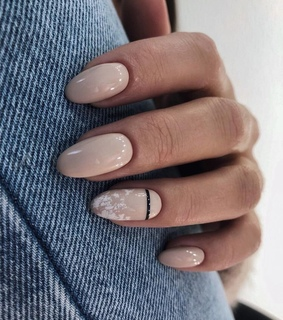 nails and Nude