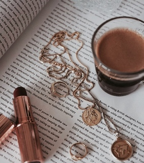 lipstick, indague and coffee