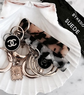 fashion, luxury and rings