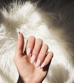 simple, nails and Nude