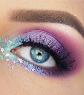 eyeshadow, eye and eye makeup