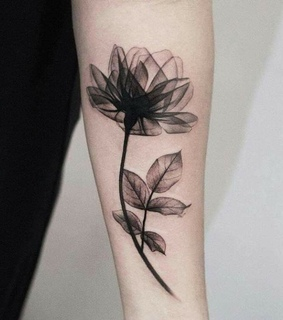 flor, tatto and black tatto