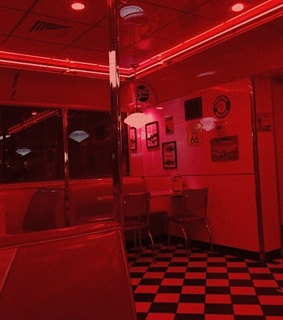 dark red, red and diner