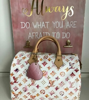 style, girly things and Louis Vuitton