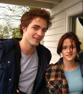 goals, grunge and bella swan