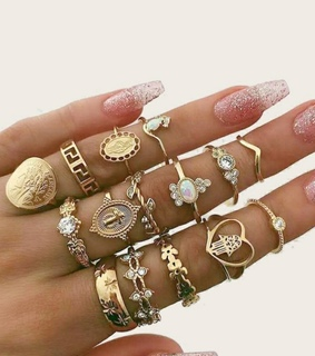 girls, jewelry and aneis