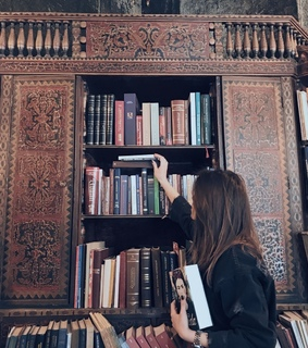reading, vintage and girl