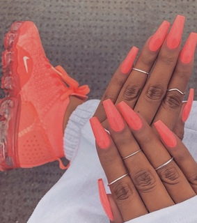 claws goal, nails goals and fashion