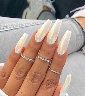 style, nails and hand