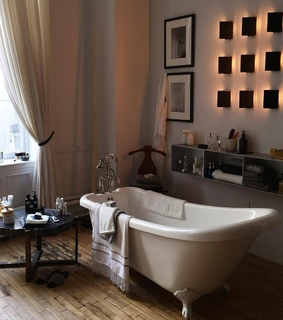 bath, house goals and luxe
