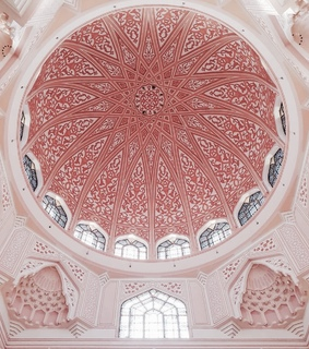pink, putra mosque and architecture