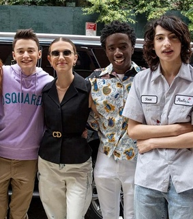 millie bobby brown, noah schnapp and netflix