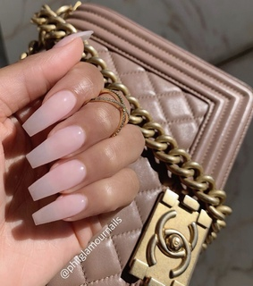 acrylics, girly inspiration and claws inspo