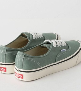 style, vans authentic and green