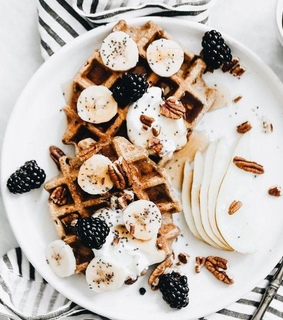 belgian waffles, delicious and waffles