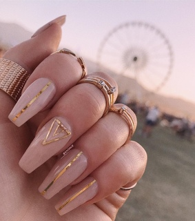 lines, girly and gold