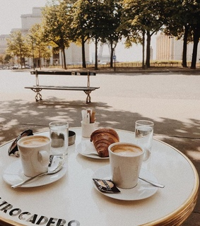 breakfast, coffee and croissants