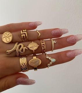 jewelry, nails and ring