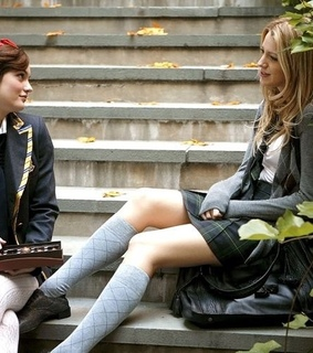 blair and serena and gossip girl