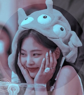 jennie blackpink, jisoo theme and idol