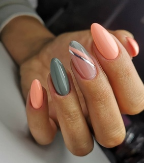 nails, grey and peach
